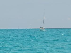 Sylestial Star beginning its westward run on Little Bahama Bank